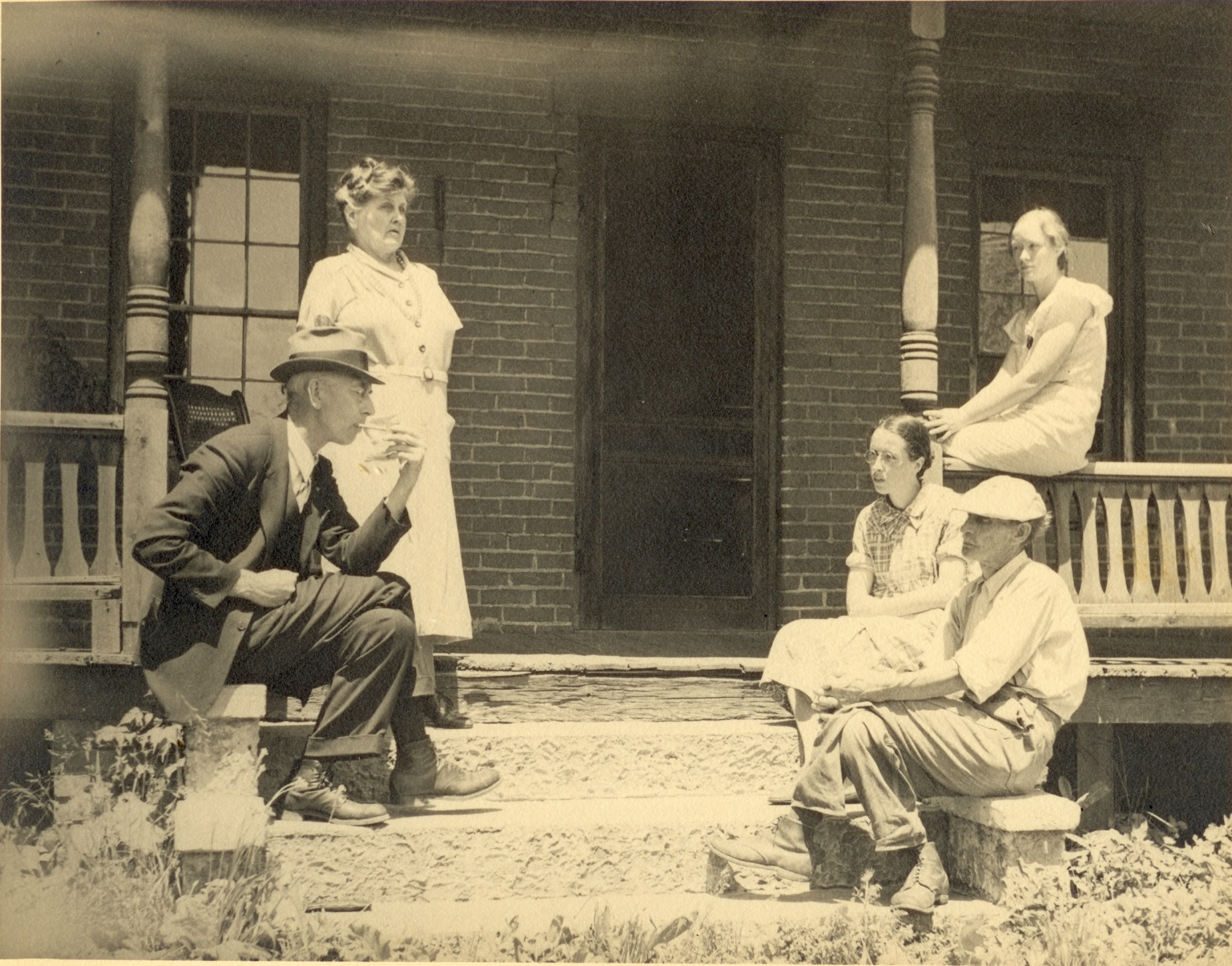 E.T. Gray and Sarah Lomison Gray at Frank, Ruth, and Hellen Stevenson's home, c. 1930, Oswego, NY